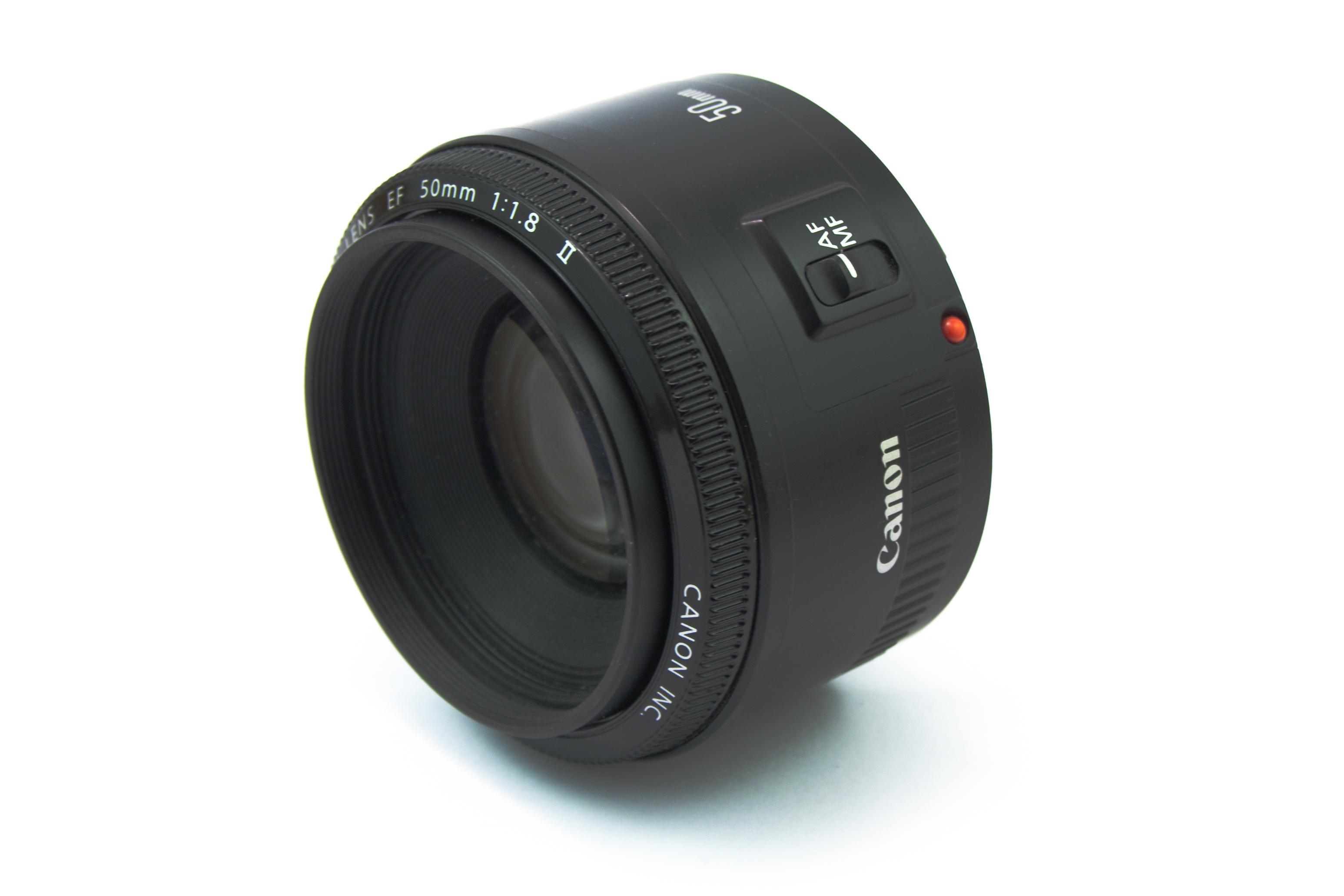 Canon_EF_50_mm_f_1.8_II