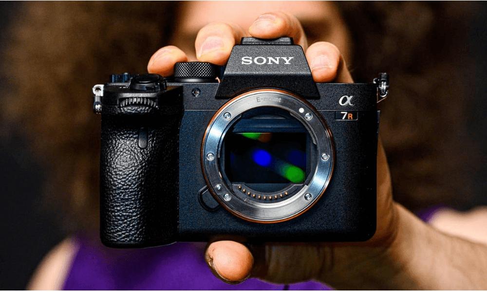 Sony'den A7R IV Bombası: Dünyanın İlk 61MP Full-Frame Kamerası