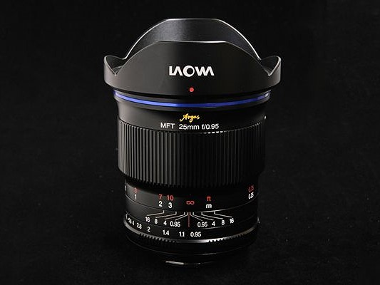 Laowa 25mm f:0,95 MFT